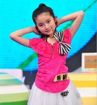 柴蔚小朋友,有一个名号叫可爱的长发小精灵哦!