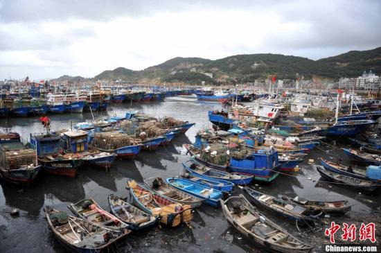 双台风接踵登陆 将影响大陆十余省份