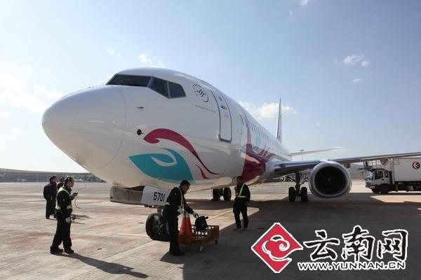 第一架全机彩绘737 800飞机加盟东航云南 机队规模达51架