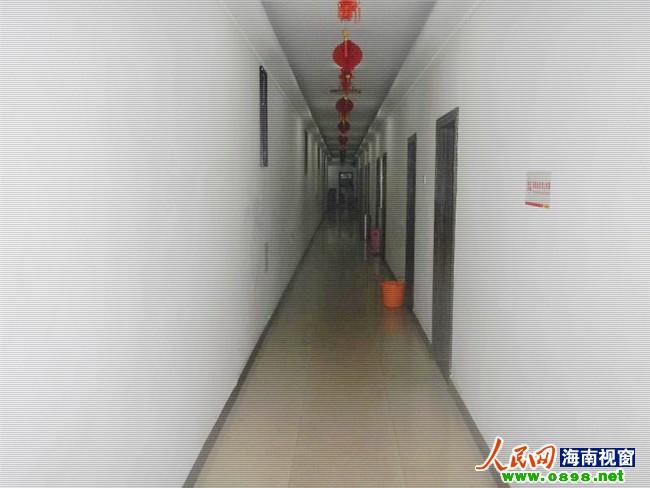 未设置封闭式楼梯间成都一别墅被罚10000元洋浦武侯宾馆路苑会都图片