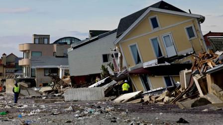 纽约皇后区一处被飓风摧毁的房屋。
