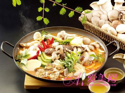 3、火锅的食材搭配-将食材煮熟 健康吃火锅8个小窍门