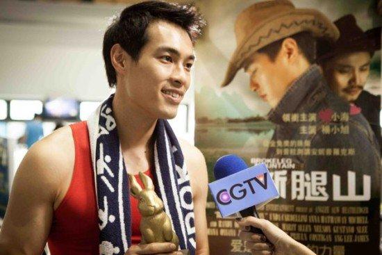 杨佑宁在微电影《率性生活之末日逆袭》成为同志圈极品,经纪人还嫌