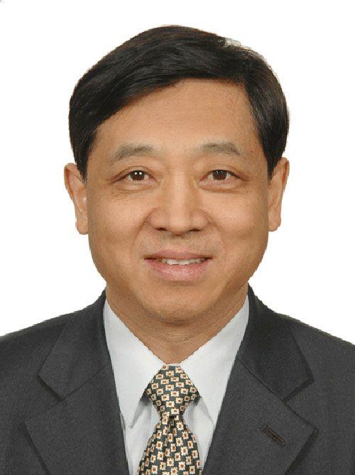 十一届全国政协委员、中国银行监事、北京农商行独立董事 梅兴保