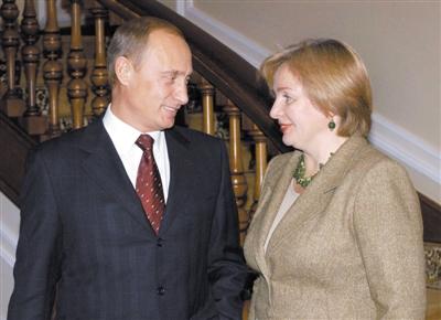 普京与夫人公开宣布已离婚(图)