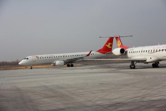 空管业务部做好备降航班的指挥等相关保障工作及天翔学院训练飞机保障