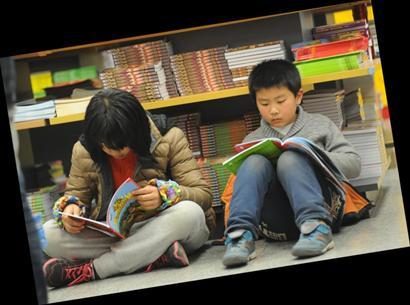 小学生看书最多大学生玩情人情趣不敌网络小说名著网趣手机图片