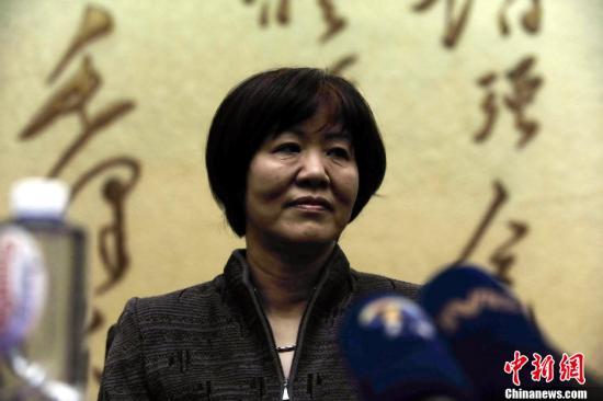 排球国家队主教练媒体见面会上,排管中心主任潘志琛宣布,郎平高清图片