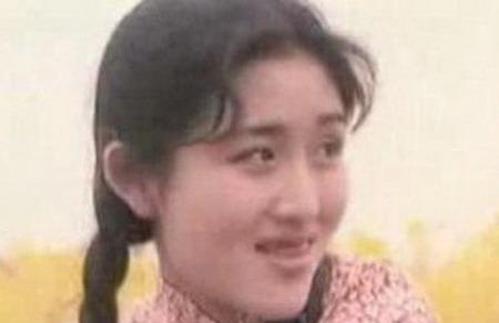 谢娜拍《九妹》赵薇范冰冰客串