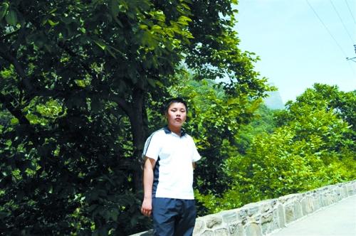 14岁男孩手术12天后离世图片