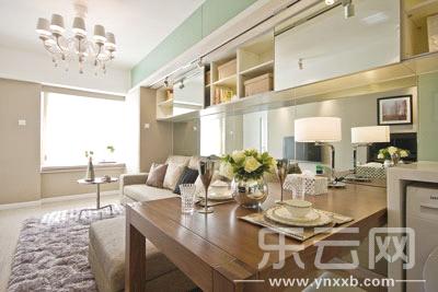 这套装修风格为欧式奢华的别墅,装修的总造价高达960万元,而别墅买