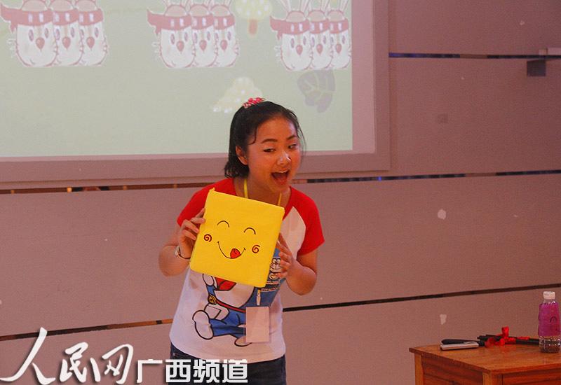 中等职业学校的64名幼儿学前教育组选手在广西幼儿师范高等专科学校里