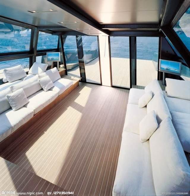 游艇内部结构手绘图
