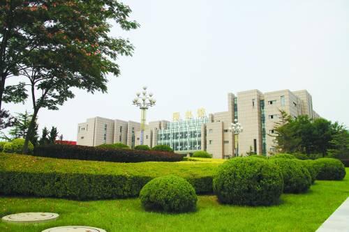 大连理工大学城市学院