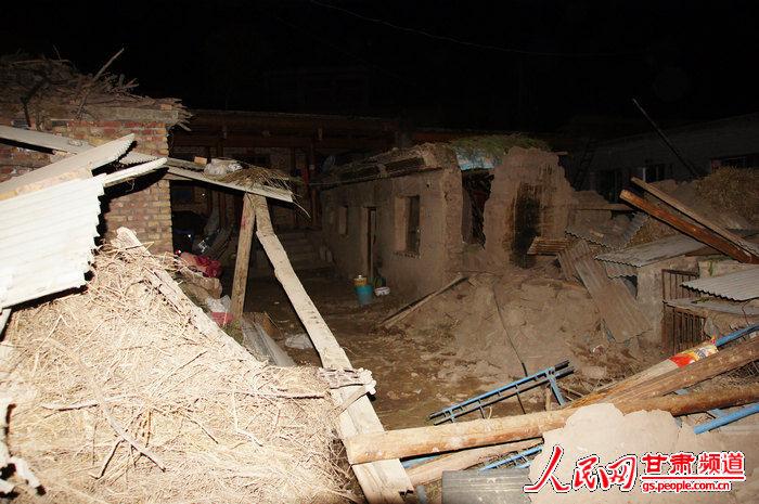 农村简易自来水砖混结构沉淀池图片