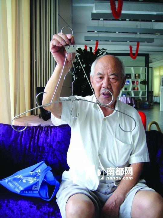 退休工程师diy收缩衣架图片