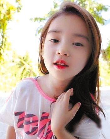 韩国6岁小萝莉成熟美走红网络