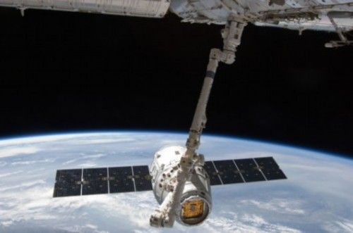 美媒:中国卫星异常变轨 可能在发展反卫星技术