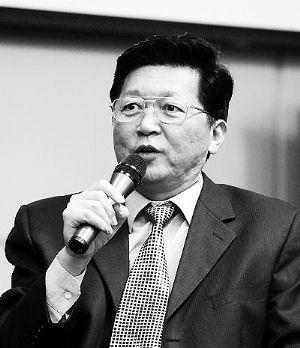 以房养老倡议者孟晓苏 以房养老不会再等10年