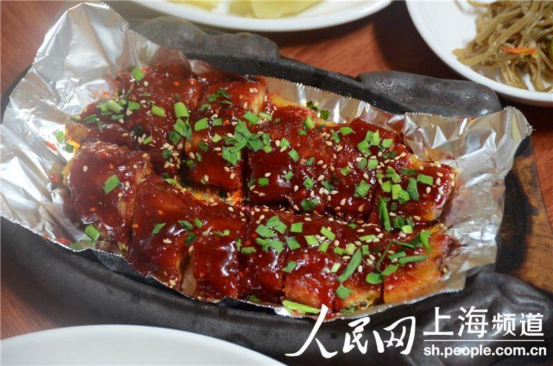韩国参鸡汤,干明太鱼宴,韩式烤肉这些最地道的韩国国民美食,不断刺激图片