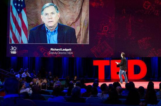 """美国国安局副局长雷杰德出现在""""TED""""。"""