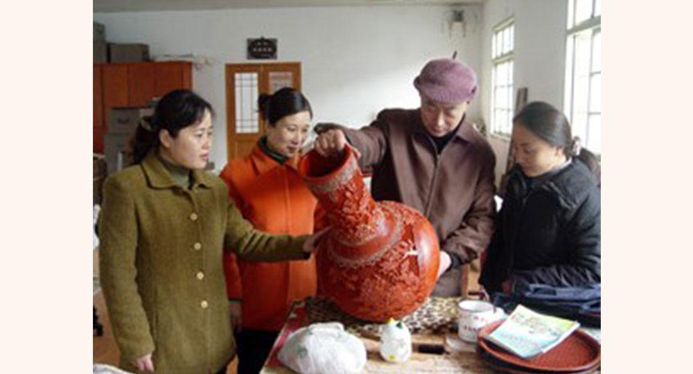 池家俊(扬州漆器)--中国工艺美术大师