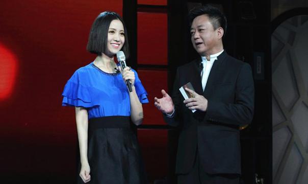 """姚贝娜,非典型的中国式""""好孩子"""""""