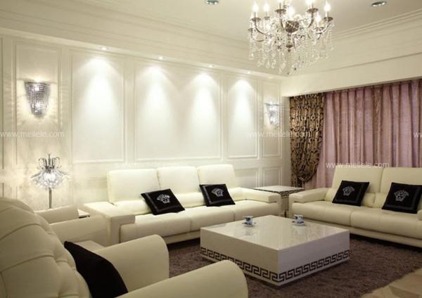 卧室飘窗窗帘:在这套美式风格客厅装修效果图里,其设计师将其