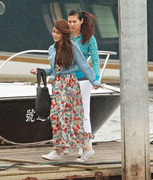 世界上的隐形富豪_周杰伦带女友昆凌出海 买1600万游艇过富豪生活_音乐频道_凤凰网