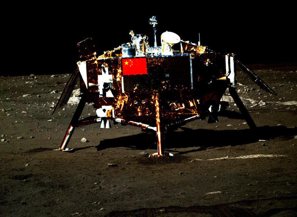 玉兔号月球全景图_嫦娥三号两器互拍高清照片_资讯频道_凤凰网