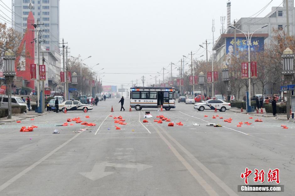 陕西蒲城大巴爆炸_陕西蒲城大巴爆炸致5死24伤_频道_凤凰网