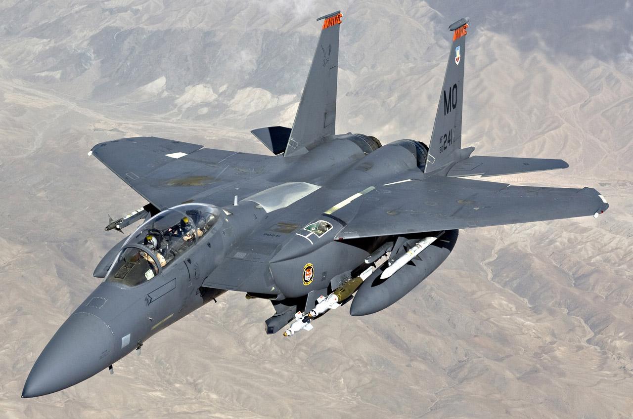 先锋影??f?y?(_美国空军f-15e战斗机