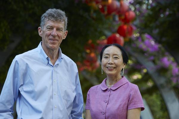 中国科学家的名字_宫颈癌疫苗发明者中国科学家周健荣获欧洲发明奖