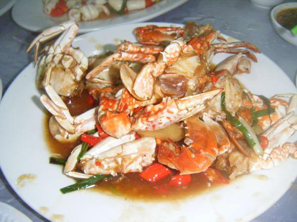 清蒸石斑鱼是什么菜_三亚旅游吃海鲜点什么菜_海南频道_凤凰网