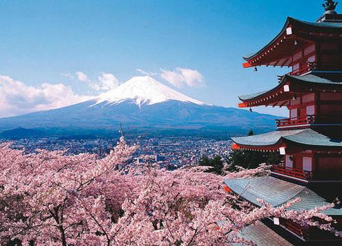 日本旅游地�_那就不一定要跟团旅行了,在日本自助旅行相当方便,不妨提前一两个月